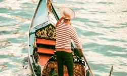 Giro in gondola-Venezia